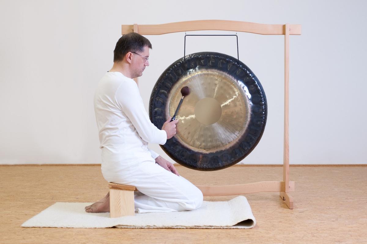Gongmeditation im Kundalini Yoga Zentrum München